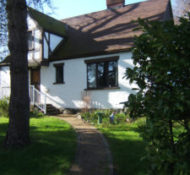 1930'S Tudor Gorge Home 420 rentals-B&B
