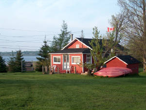 red-cottage-over-yonder-pei-420-rentals-7