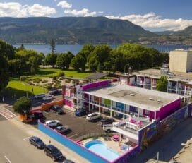 Hotel Zed Kelowna – 420 Friendly